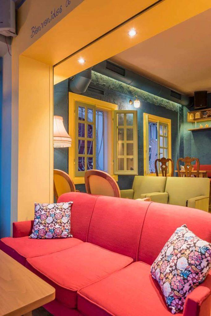 Enka Moisiadis Casa Azul