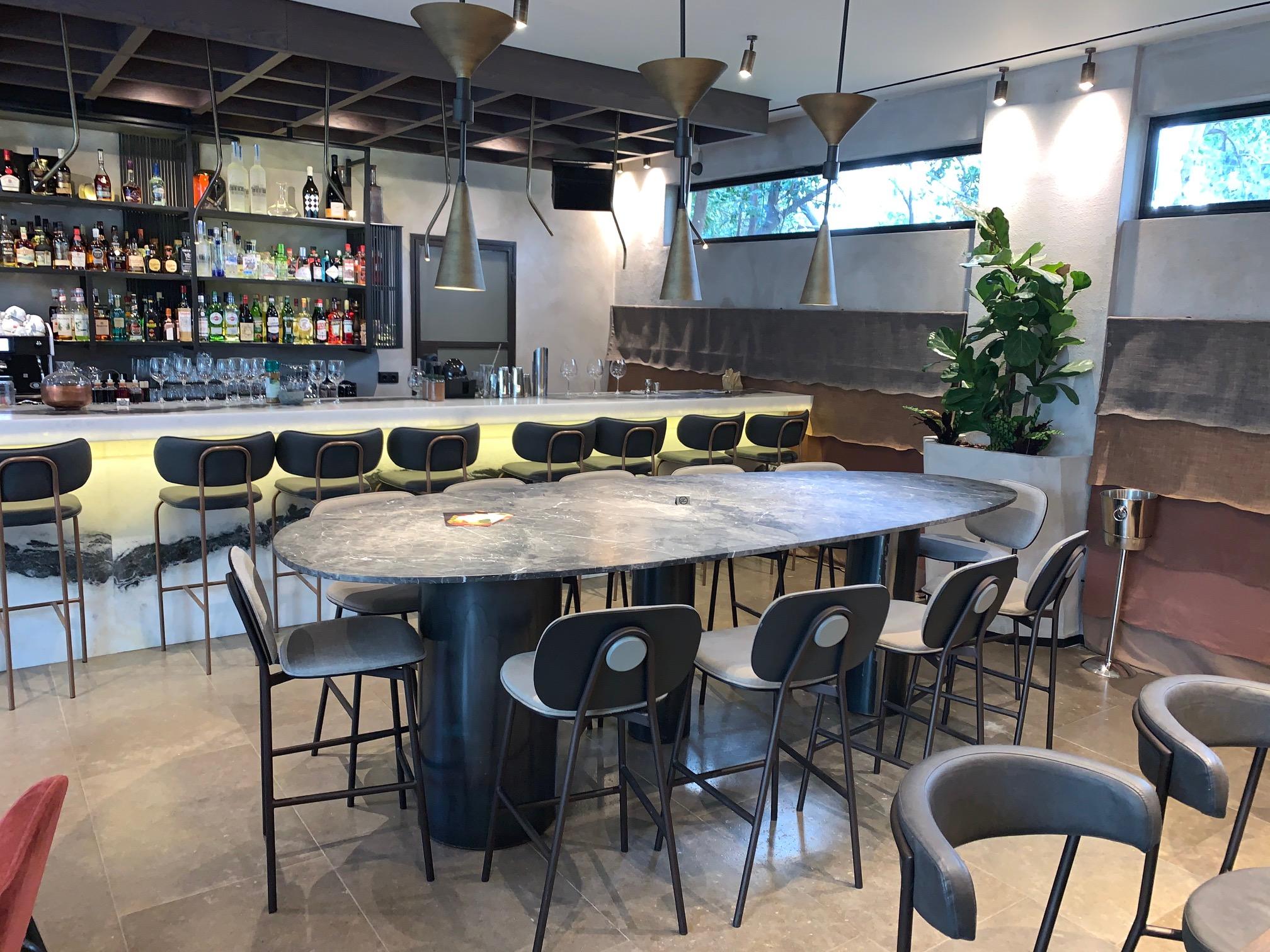 IBO restaurant enka Moisiadis
