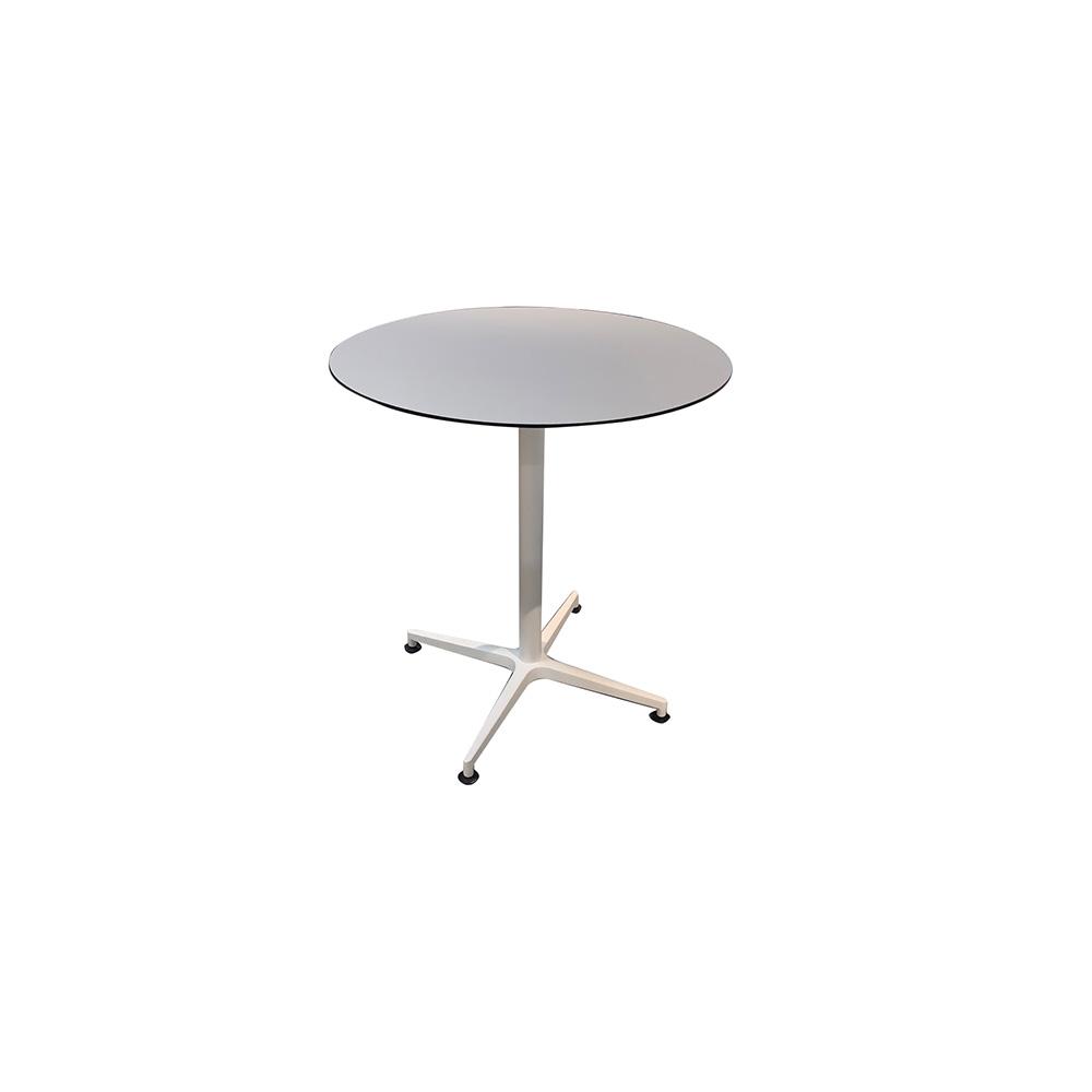 T2016 - μεταλλικό τραπέζι